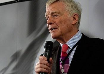 Ex-presidente da Fórmula 1 Max Mosley morre aos 81 anos
