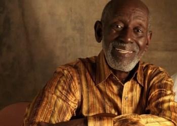 Sambista Nelson Sargento morre de covid-19 no Rio
