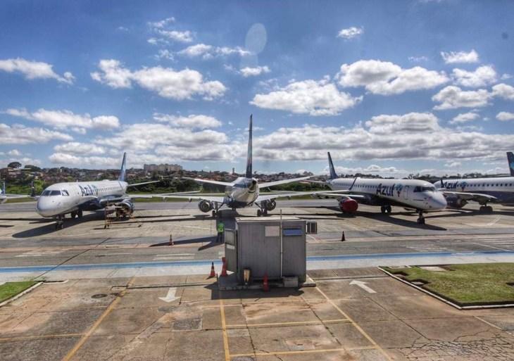 Governo proíbe 'temporariamente' entrada de estrangeiros no Brasil por Covid-19
