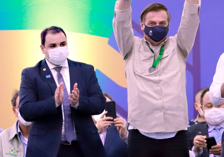 Bolsonaro tem interesse em fazer Roberto Cidade Governador