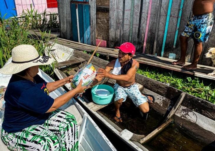 Colégio Martha Falcão realiza ação de doação de cestas básicas para famílias atingidas pela cheia