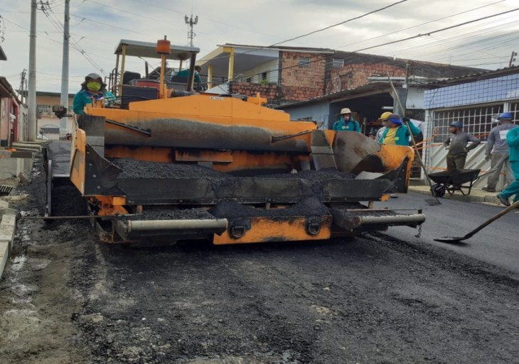 Águas de Manaus faz recapeamento de rua e dá pronta resposta para população na Compensa