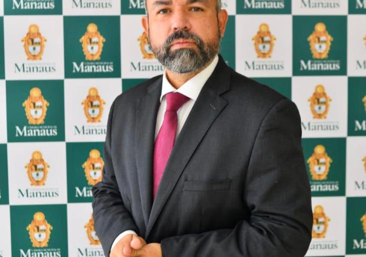 Vereador Peixoto solicita na Semsa pedido de vacinação para categoria dos caminhoneiros