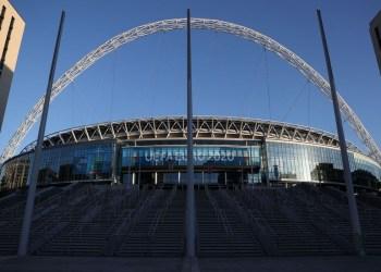 Uefa diz não ter planos de tirar semifinais e final da Euro de Wembley