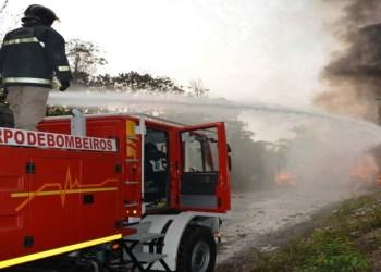 Corpo de Bombeiros atendeu três ocorrências de incêndio na noite da quinta-feira (24/06)
