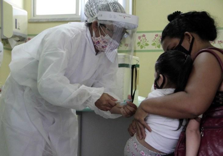 Dr. Daniel destaca empenho dos profissionais de saúde durante vacinação contra Influenza