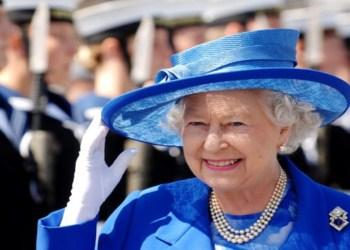 Ex-funcionária da realeza, brasileira cometeu a maior gafe com a Rainha