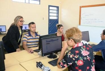 Matrículas para novos alunos do EJA começam nesta quarta no Amazonas
