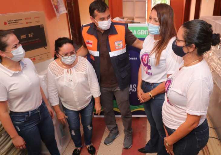 Governo do Amazonas entrega R$ 55 mil em equipamentos para instituição que atende mulheres vítimas da violência doméstica em Tabatinga