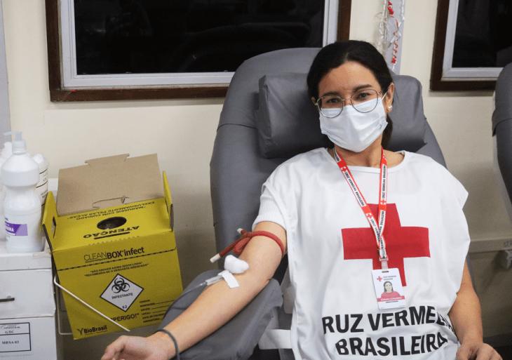 Doação de sangue está liberada de 2 a 7 dias após vacinação, dependendo do imunizante