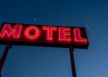 Calote: Foragida da Justiça é presa por se negar a pagar Motel em Manaus