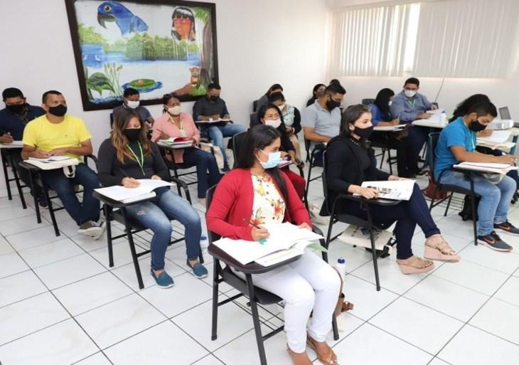 Seas realiza capacitação presencial para técnicos do Programa Bolsa Família