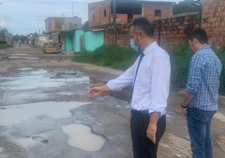 Vereador Peixoto pede melhorias na infraestrutura de ruas e campo de futebol do União da Vitória