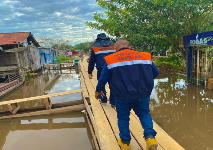 Governo do Amazonas chega à marca de 113 mil famílias beneficiadas pelo Auxílio Estadual Enchente