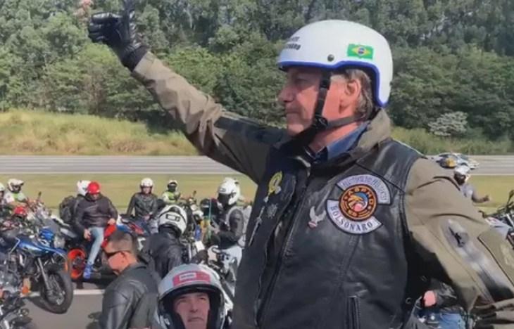 Bolsonaro vai participar de motociata em Manaus