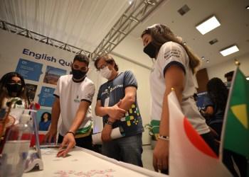 Governo do Amazonas abre vagas para cursos de Inglês e Espanhol a estudantes da rede estadual