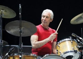 Morre Charlie Watts, baterista dos Rolling Stones, aos 80 anos