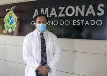 Ao invés de combater fraudes na secretaria de Saúde, Anoar Samad beneficia fraudadores