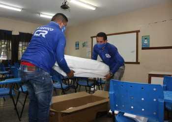 Governo do Amazonas entrega 200 novos aparelhos de ar-condicionado para escolas estaduais de quatro municípios do Amazonas