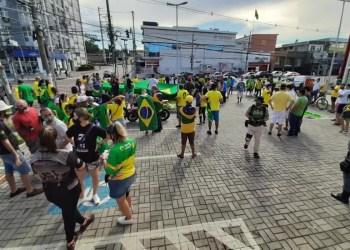 Integrantes e políticos da direita promovem ato cívico na Ponta Negra com personalidade nacional no feriado da independência