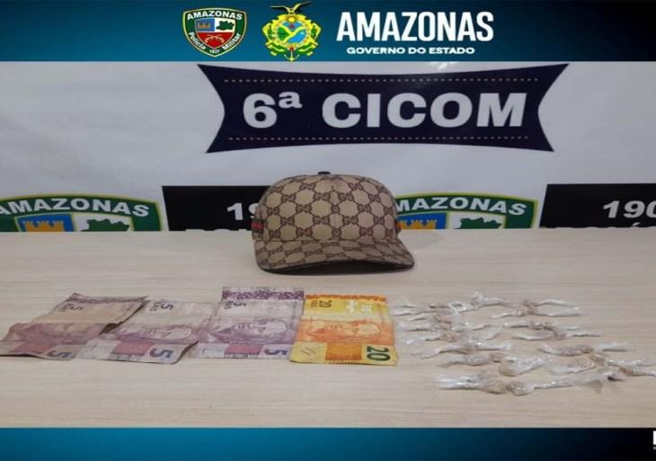 No bairro Cidade Nova, Polícia Militar detém homem com drogas