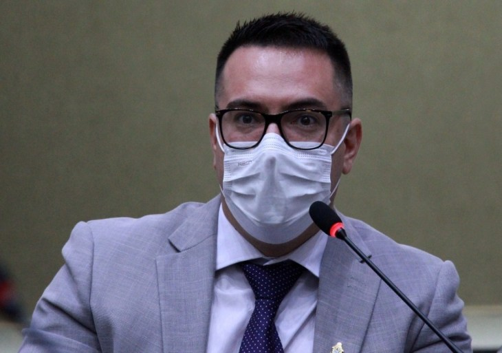 Rodrigo Guedes renuncia picape que será alugada pela CMM aos vereadores por R$ 8 mil mensais