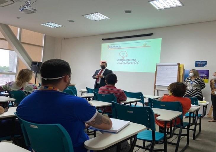Ouvidoria doTCE-AM promove oficina para gestores e coordenadores do projeto Ouvidoria Estudantil