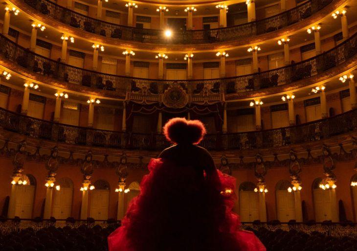 Teatro Amazonas abre agendamento para espetáculos de outubro