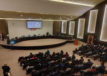 Estagiários aprovados em Processo Seletivo iniciam atividades no TCE-AM