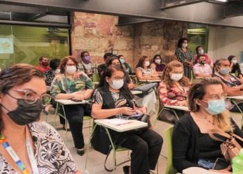 Prefeitura lança curso 'Zero Discriminação HIV e Aids' aos profissionais da Saúde de Manaus