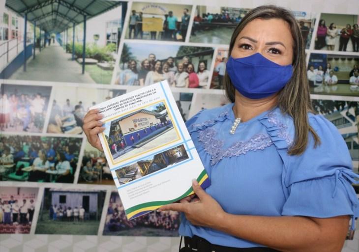 Escola estadual lança livro sobre o período de aulas remotas