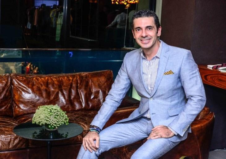 Pioneiro em consultoria de moda masculina no Brasil, Alexandre Taleb participa do Vogue Fashion's Night Out, no Manauara Shopping