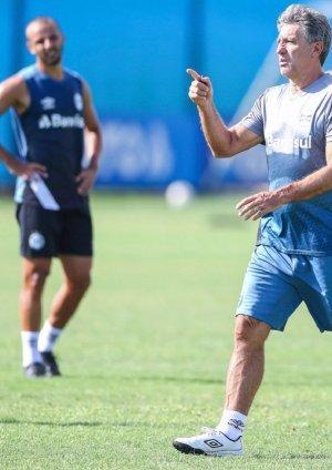Escalação do Grêmio que enfrenta o São José
