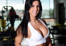 Conheça a Musa Fitness Eva Andressa