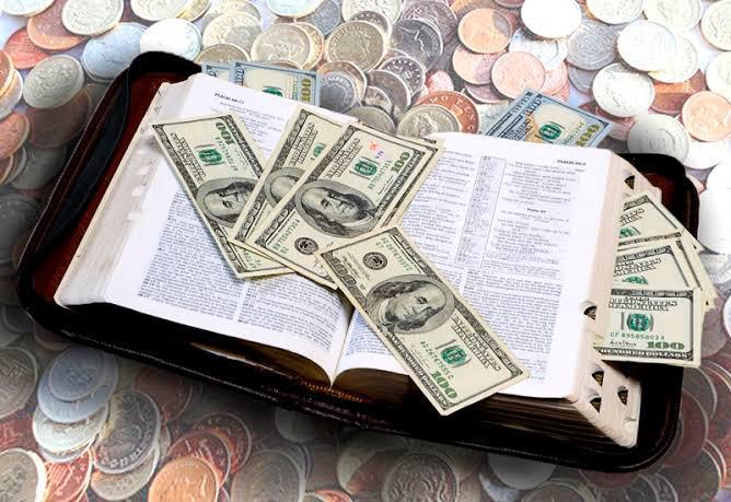 Ministros evangélicos são abençoados com cargos