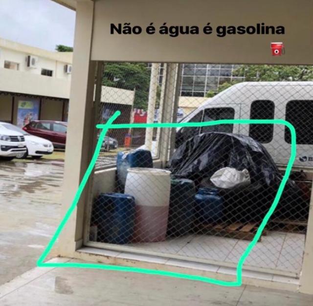 Produtos Inflamáveis (Combustíveis) sendo armazenados na Secretaria de Estado de Meio Ambiente-SEMA/Rio Branco Acre.