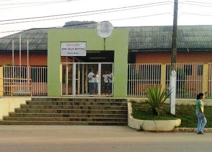 Alunos tentam matar colega de classe dentro de escola em Sena Madureira