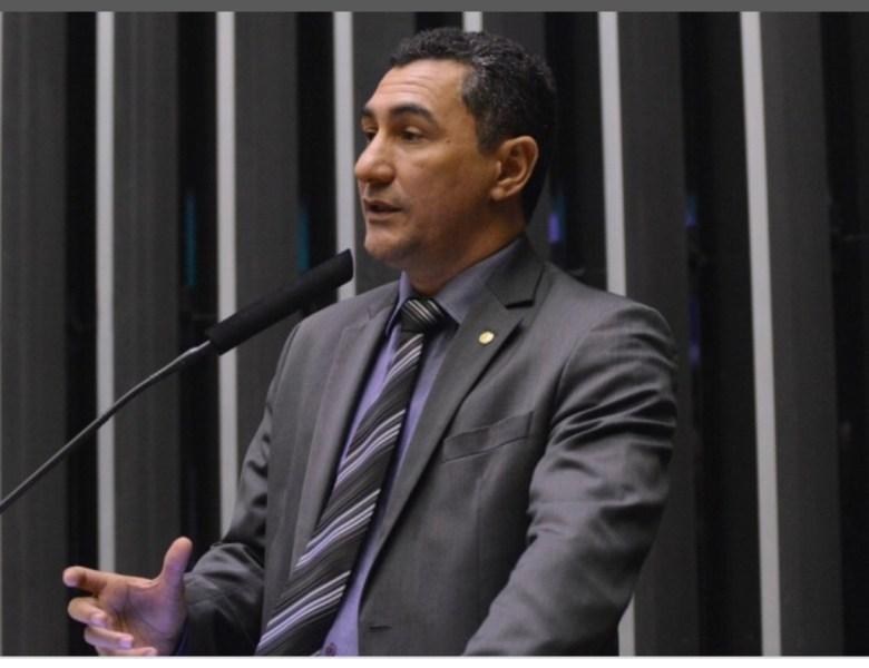 Por descumprir deliberação da Executiva Nacional, Jesus Sérgio pode ser expulso do PDT
