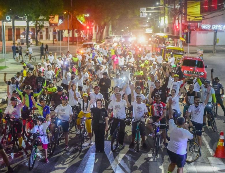 Cicleata noturna marca as comemorações do 137º aniversário de Rio Branco