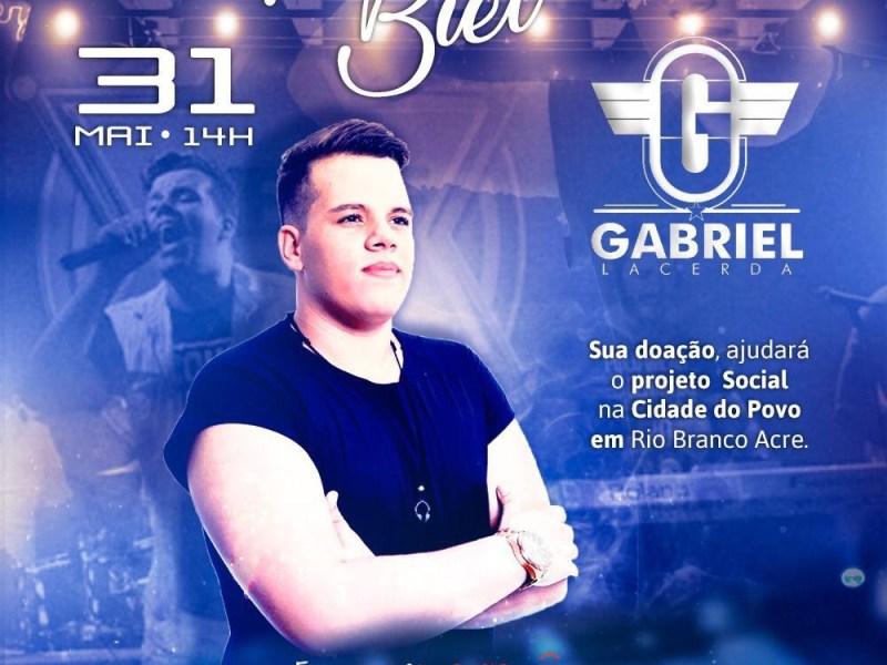 Jovem cantor acreano faz show solidário neste domingo para ajudar famílias da Cidade do Povo