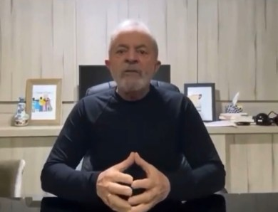 Ex-presidente Lula grava video para homenagear Lhé Farhat