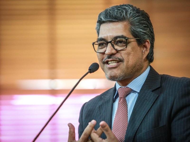 Edvaldo Magalhães destaca atuação do promotor Iverson Bueno e do procurador Sammy Barbosa junto à Gol