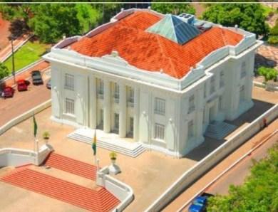 Bandidos tentam furtar fiação do Palácio Rio Branco, que fica sem internet e energia