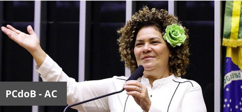 Perpétua vai ao vice-presidente Hamilton Mourão pedir reforço de mais doses de vacinas para o Acre