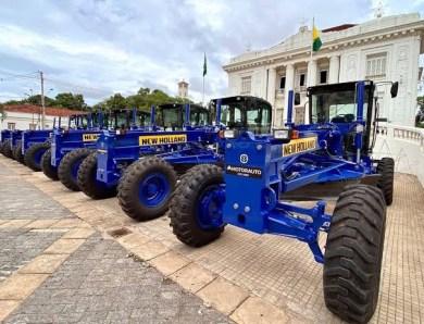 Secretário confirma que máquinas anunciadas pelo governador Gladson Cameli não foram pagas