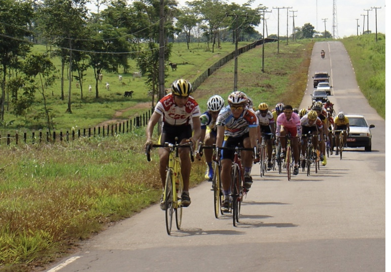 O Arquivo do Façanha traz a história do VI GP Verágua de Ciclismo-2004