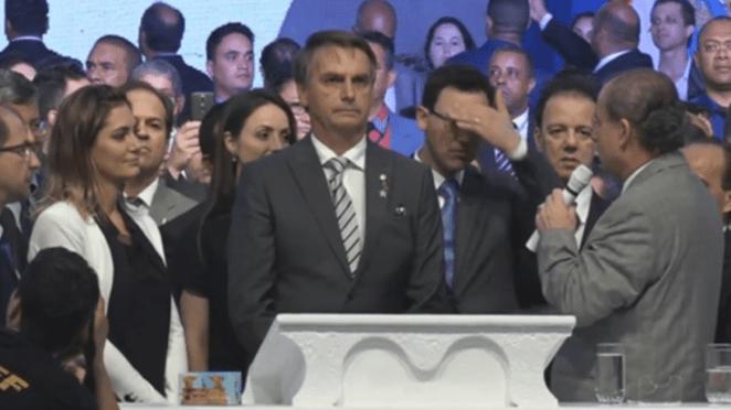 Governo Bolsonaro já se depara com desgastes e sua base.