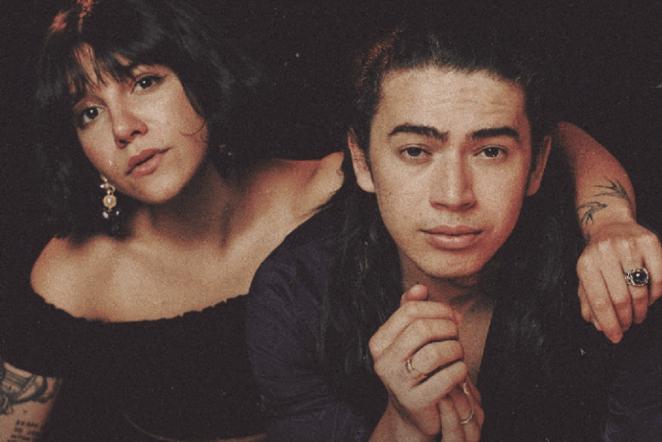 """Cantora gospel Priscilla Alcantara e Whindersson Nunes lançam a gospel """"Girassol""""."""
