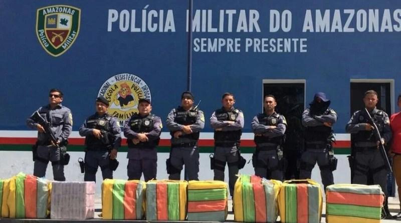 Grupo é preso com mais de 450 kg de cocaína em avião no interior do AM