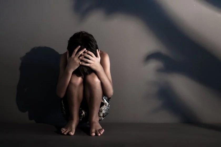 Avó é presa por filmar abusos e estuprar os quatro netos no DF